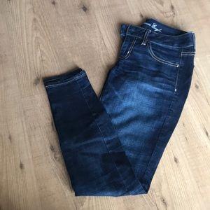 Dark blue jeggings